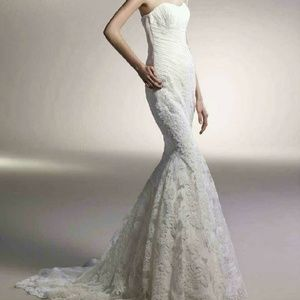 "WEDDING DRESS ""Blue by Enzoani Casablanca"""